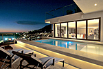 Luxury villa in Cape Town, beautiful views of Camps Bay beach front