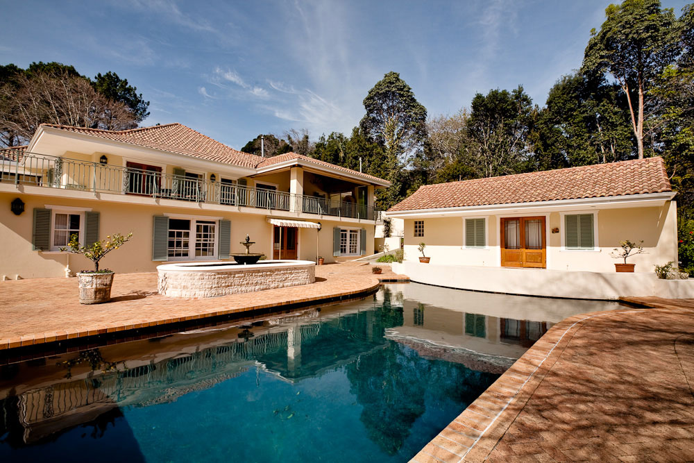 Bishopscourt holiday villa, with private pool
