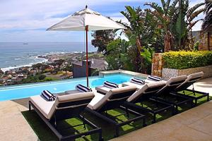 Holiday  villa in Camps Bay
