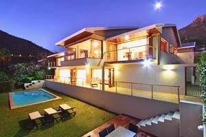 Bakoven luxury holiday villa