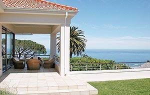 5 star Camps Bay holiday  villa