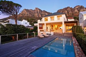 Bishopscourt luxury holiday villa