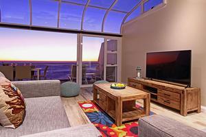 Camps Bay luxury  villa, family friendly