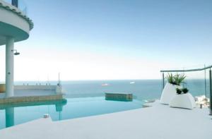 Bantry Bay luxury villa