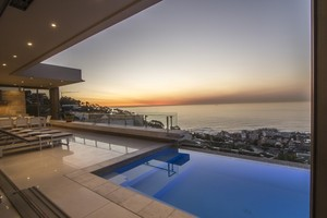 6 star luxury  villa Bantry Bay