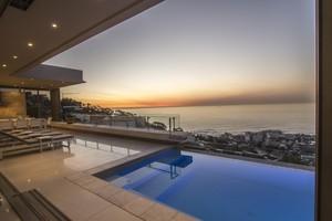 6 star luxury  villa Bantry Bay