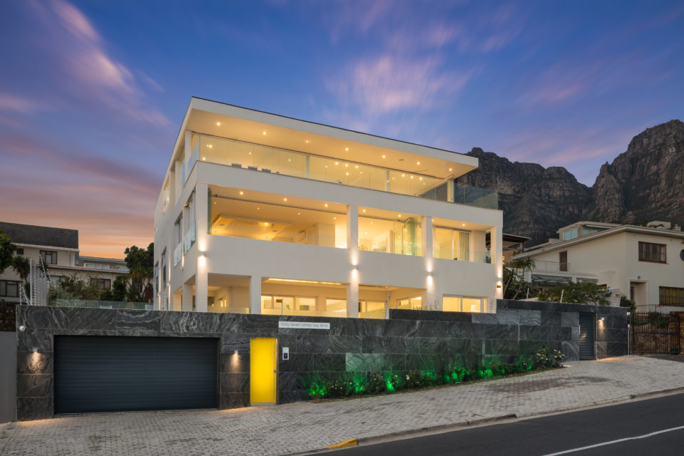 Luxury accommodation Camps Bay