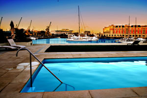 Luxury apartment V&A Waterfront
