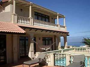 6 bed Camps Bay holiday  villa